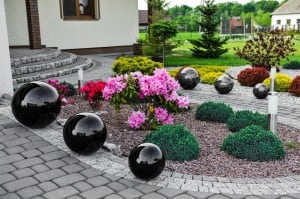 Dekorativní koule pro zahradu. Volba barev 22 cm small 1