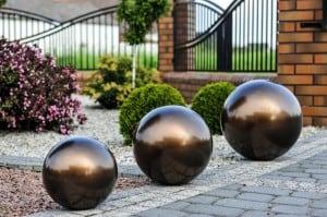 Dekorativní koule pro zahradu. Volba barev 22 cm small 12