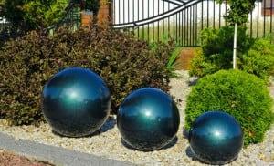 Dekorativní koule pro zahradu. Volba barev 22 cm small 6