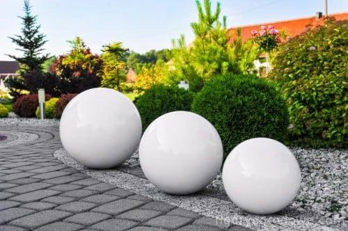 Dekorativní koule pro zahradu. Výběr barev 30 cm
