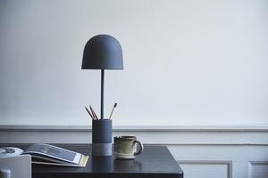 FRANDSEN stolní lampa PEN šedá small 2
