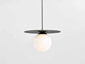 Závěsná lampa SKIVA BALL M - černá small 0