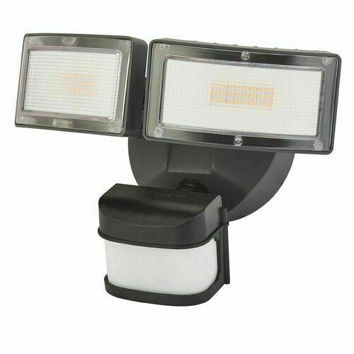 Venkovní nástěnná lampa, reflektor. Má nastavitelnou hlavu. Duo 6556-PIR