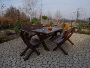 Dřevěná židle small 0