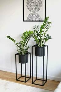 Kovový stojan na květiny s květináčem na rostliny UGO 60cm černý půdní vestavba small 5