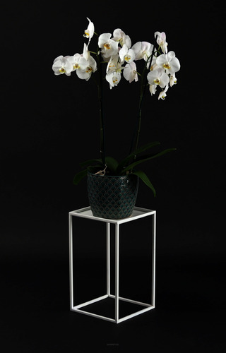 Kovový stojan na záhon LOFT pro jeden květináč 40 cm bílý