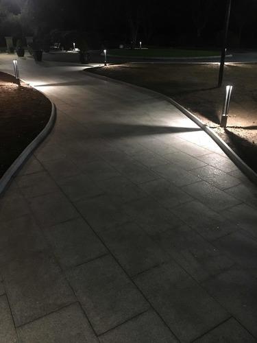 Szary metalowy słupek oświetleniowy LED Windmill Post 80cm 10W 6400K/4000K/2700K 6