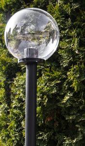 Zahradní lampa stojící Měsíc transparentní 40 cm E27 černý sloupek 100 cm small 1