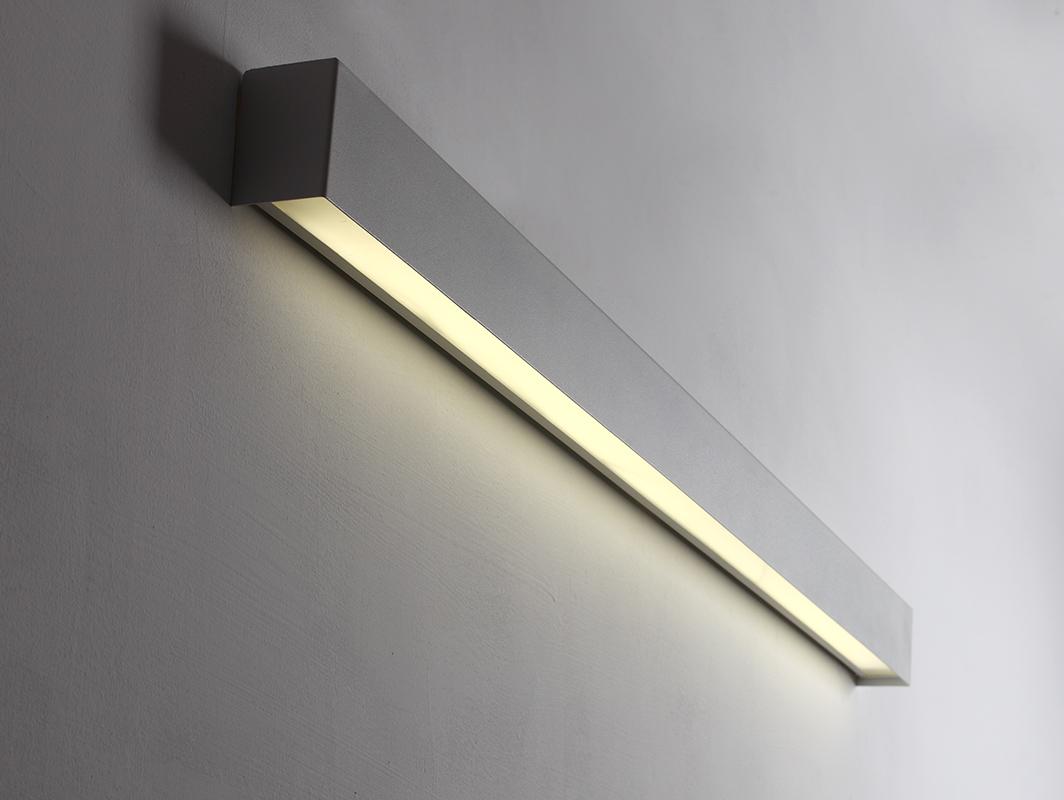 LINE WALL LED M nástěnná lampa - bílá