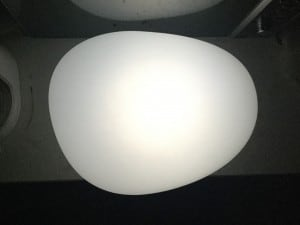 Solární lampa - zploštělé koule kamenné vejce LED RGB barevné small 2