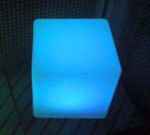 Vodotěsné solární LED Cube Garden Lamp small 3