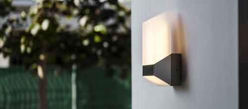 Moderní Lutec FLAT venkovní nástěnná lampa