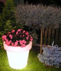 Osvětlený květináč Bordato Liscio small 3