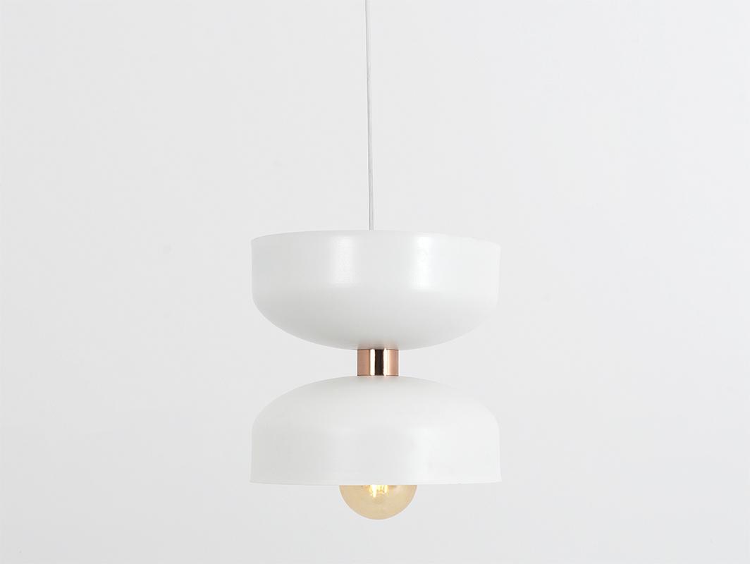 Závěsná lampa WOMAN L - bílá