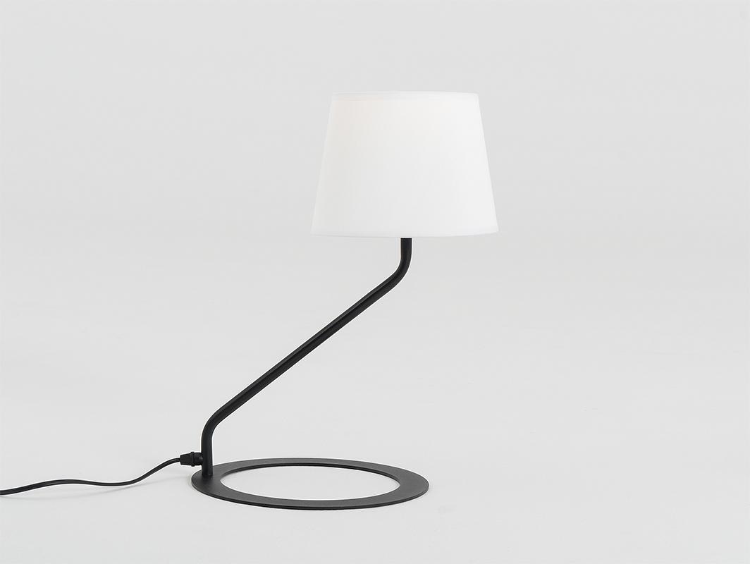 Stolní lampa SHADE TABLE - bílý, černý odstín