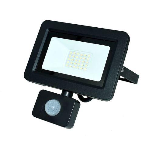 Černý LED světlomet 30 W. Barva: 6000 K. Pir IP65