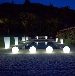 Sada tří vnějších lamp, zahradní koule Luna ball 30 cm, 40 cm, 50 cm, světelné zahradní koule, klasické, bílé small 2