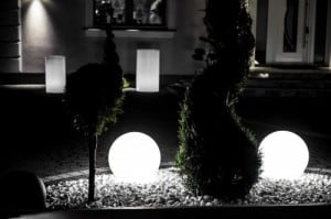 Zahradní kuličky dekorativní - kuličky Luna 30, 40, 50 cm + žárovky RGBW s dálkovým ovládáním small 5